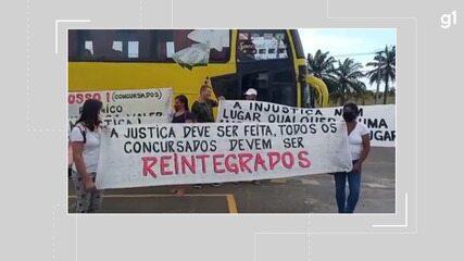 Concursados de Pilão Arcado protestam na frente do prédio do TJ-BA, em Salvador