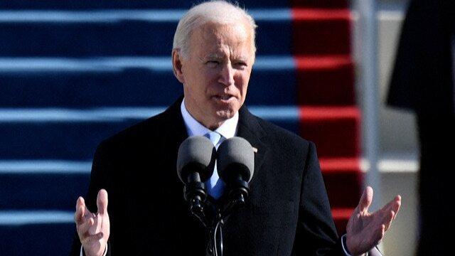 Com uma cerimônia no Congresso dos Estados Unidos, Joe Biden tomou posse nesta quarta-feira (20) e se tornou o 46º presidente dos Estados Unidos. Em seu discurso, o democrata buscou enfatizar a força da democracia dos Estados Unidos, prometeu de novo unir os americanos e confrontar o extremismo, o terrorismo interno e o racismo