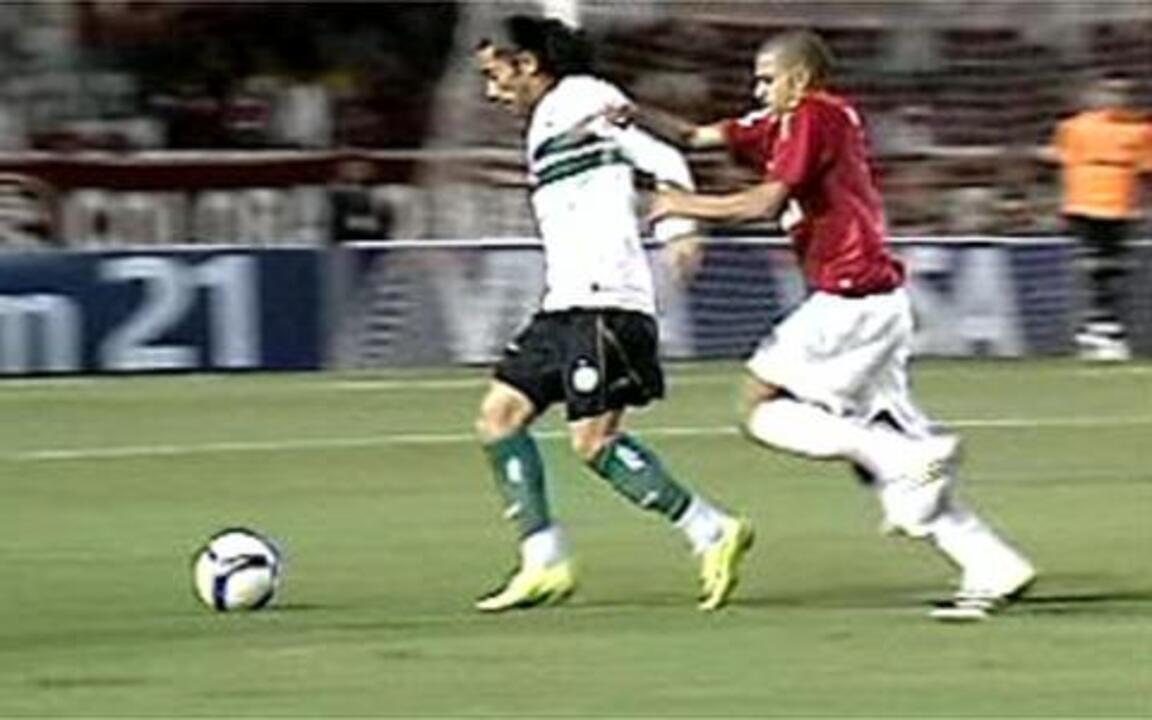 Melhores momentos: Internacional 3 x 1 Coritiba pelas semifinais da Copa do Brasil 2009