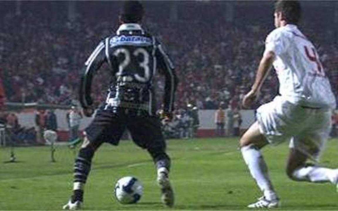 Melhores momentos: Internacional 2 x 2 Corinthians pela final da Copa do Brasil de 2009