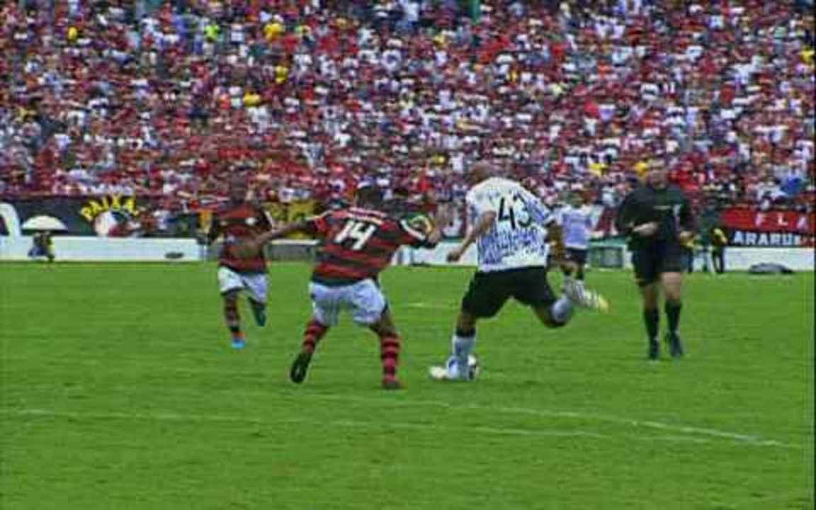 Melhores momentos de Corinthians 0 x 2 Flamengo, pela 37ª rodada do Brasileirão 2009