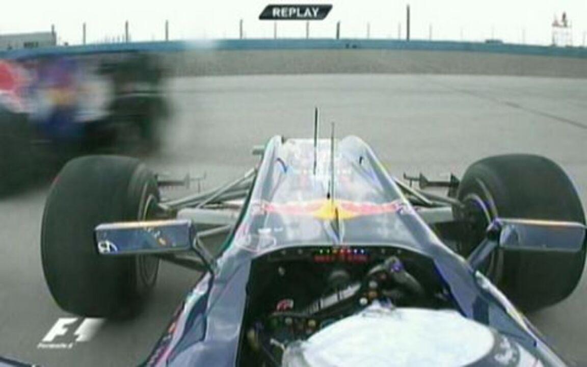 Confira as imagens do acidente envolvendo Sebastian Vettel e Mark Webber no GP da Turquia de 2010
