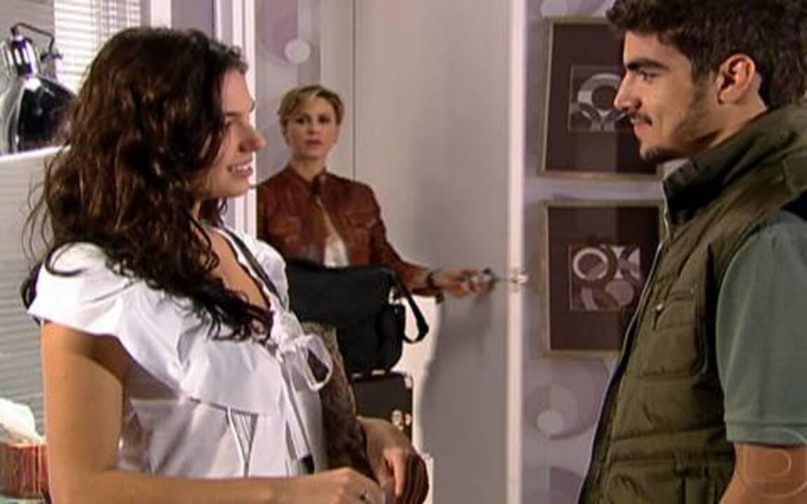 Ti-ti-ti - capítulo de quinta feira, dia 09/09/2010, na íntegra - Luisa flagra Edgar e Marcela juntos.