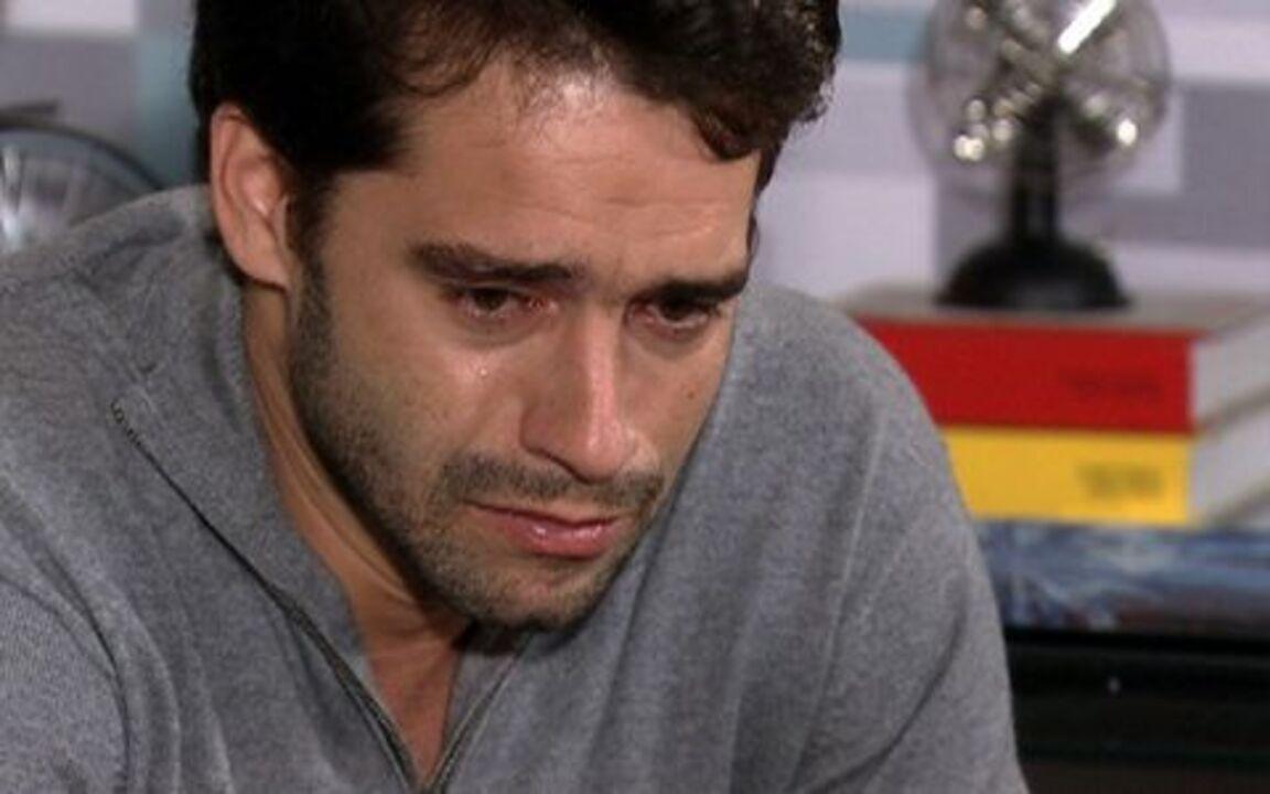 Ti ti ti - capítulo de sábado, dia 08/01/2011, na íntegra - Marcela procura Jacques