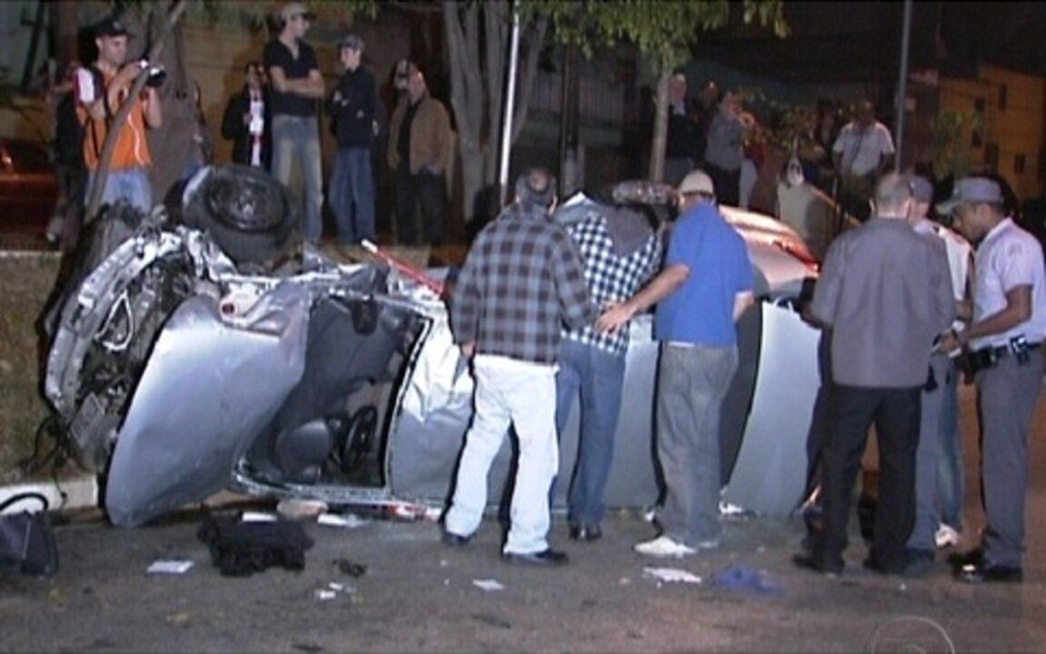 Tragedia Em Suzano Hoje Pinterest: Perseguição Policial Em São Paulo Termina Em
