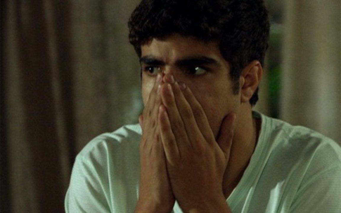 Fina Estampa - Capítulo de terça-feira, 30/08/2011, na íntegra - Antenor entra em pânico quando vê René em sua casa