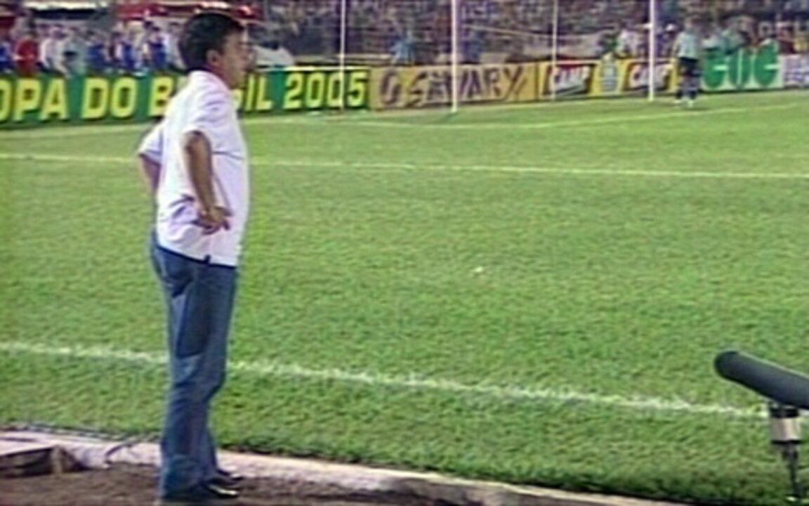Em 2005, Corinthians é derrotado por 3 a 0 pelo Cianorte-PR, pela Copa do Brasil