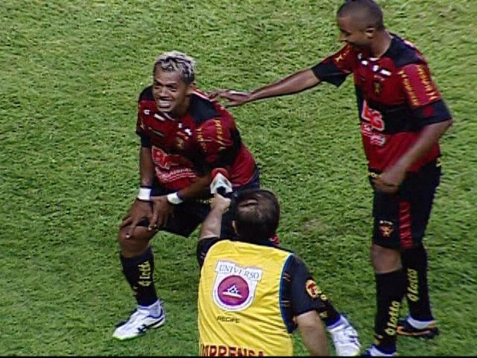 Gol do Sport!!! - Marcelinho recebe na intermediária e faz um golaço aos 25 do 1º tempo