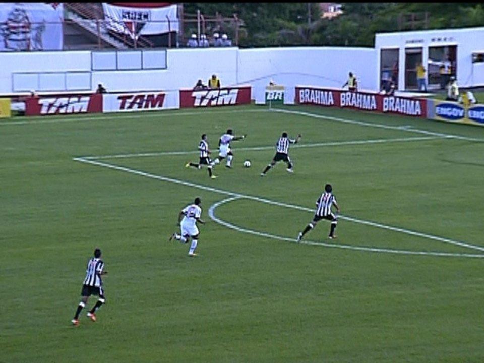 Melhores momentos: São Paulo 4 X 1 Santos pela 38ª rodada do Brasileirão 2011