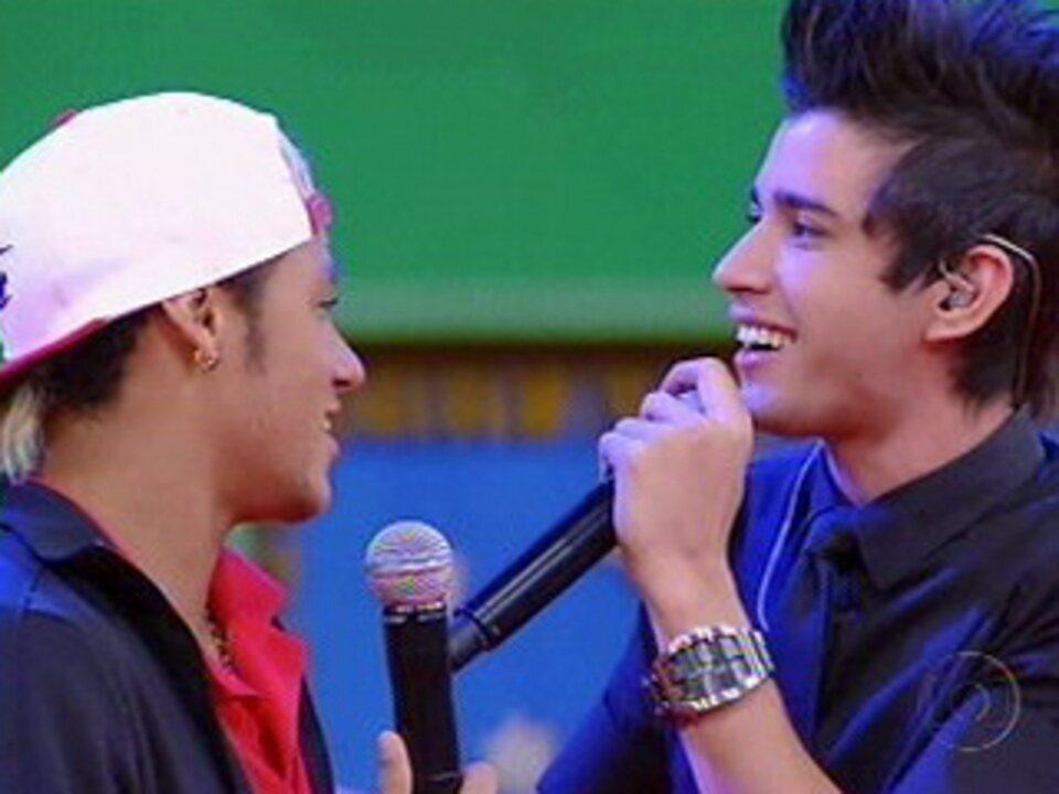 Neymar e Gusttavo Lima falam sobre amizade e cantam