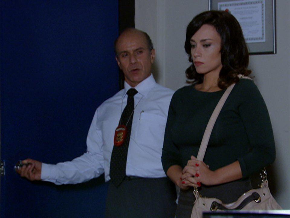 Fina Estampa - Capítulo de terça-feira, 14/02/2012, na íntegra - Joana descobre que loira misteriosa é Tereza Cristina