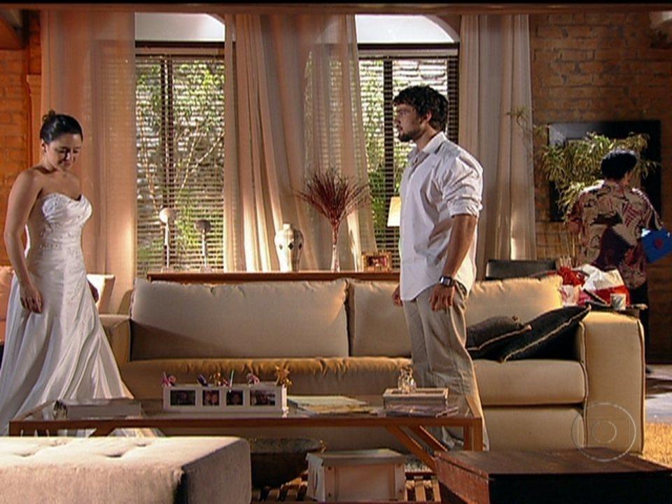 A Vida da Gente - capítulo de quarta-feira, dia 15/02/2012, na íntegra - Rodrigo implora que Ana não case com Lúcio