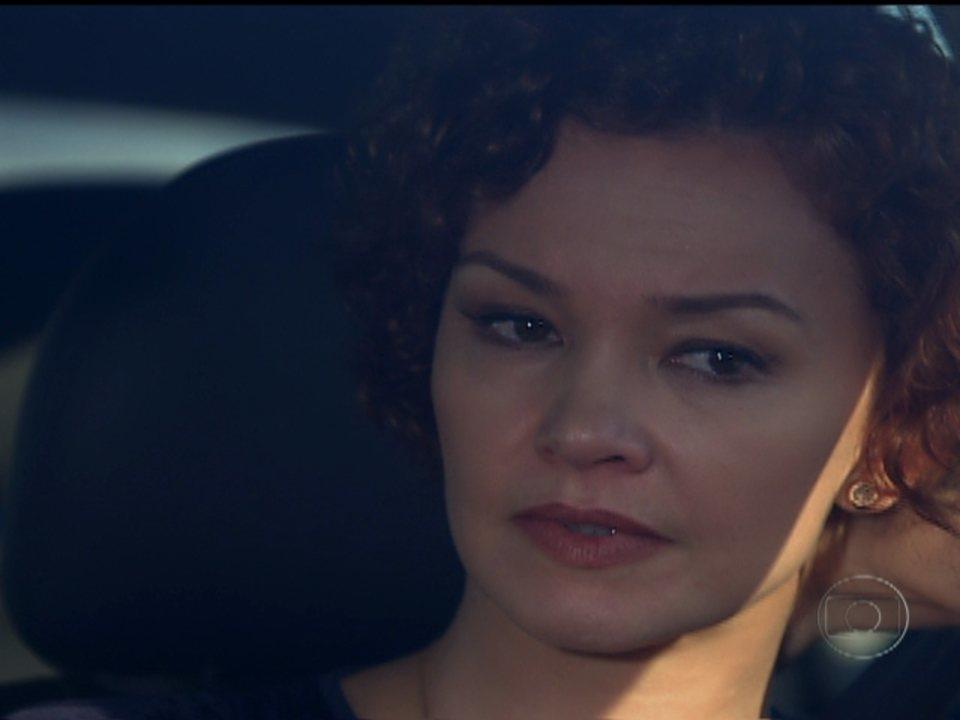 Fina Estampa - Capítulo de quinta-feira, 16/02/2012, na íntegra - Esther deixa Victoria com Paulo