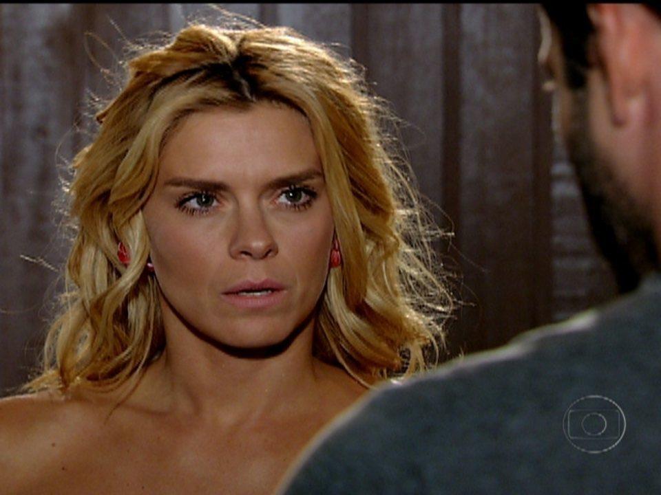Fina Estampa - Capítulo de segunda-feira, 05/03/2012, na íntegra - Teodora diz a Quinzé que o filho que ela espera não é dele