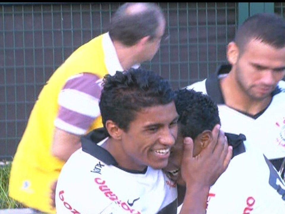 Os gols de Corinthians 2 x 1 Palmeiras pela 15ª rodada do Paulistão 2012