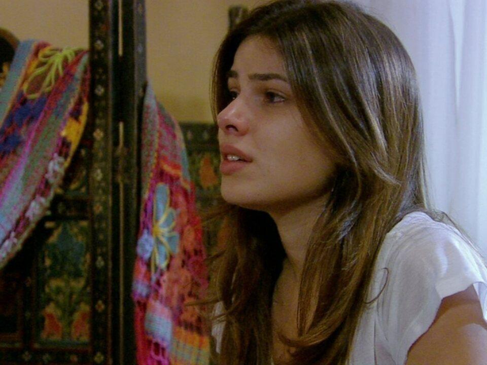 Malhação - Capítulo de quarta-feira, dia 28/03/2012, na íntegra - Cristal tenta evitar ser atendida por médica