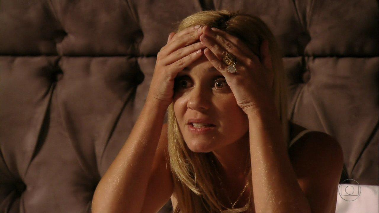 Avenida Brasil - Capítulo de segunda-feira, dia 23/04/2012, na íntegra - Carminha conta mentiras sobre Rita justo para Nina