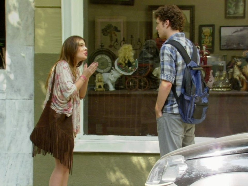 Malhação - Capítulo de terça-feira, dia 08/05/2012, na íntegra - Gabriel diz a Cristal que não vai se casar com ela