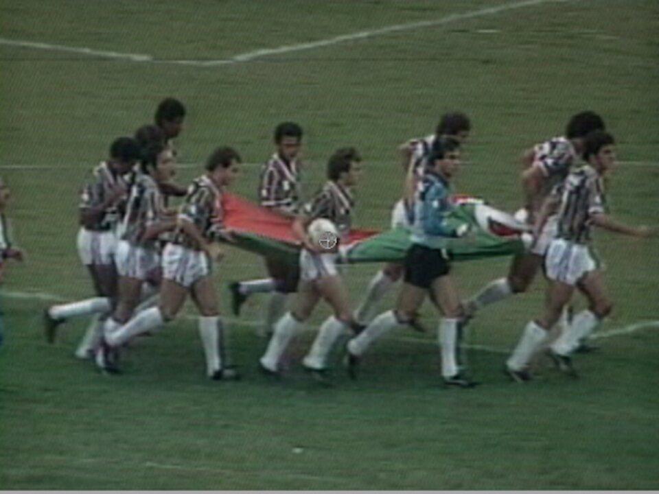 Baú: Fluminense vence Corinthians no Morumbi na campanha pelo título Brasileiro em 1984