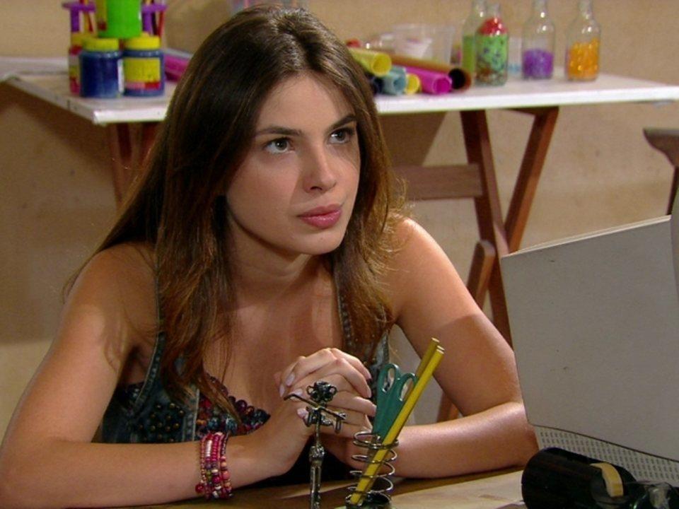 Malhação - Capítulo de terça-feira, dia 07/08/2012, na íntegra - Cristal fala para Moisés que vai ficar com Gabriel