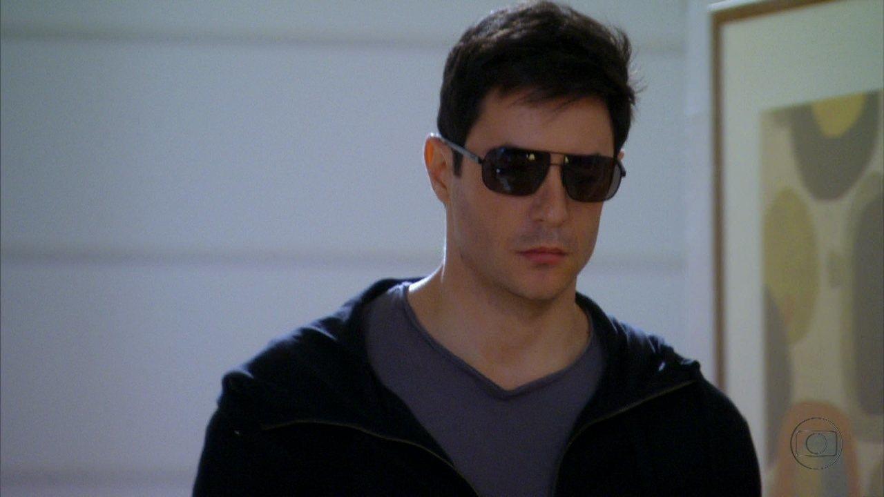Cheias de Charme - Capítulo de quarta-feira, dia 15/08/2012, na íntegra - Inácio decide se passar por Fabian para testar o amor de Rosário