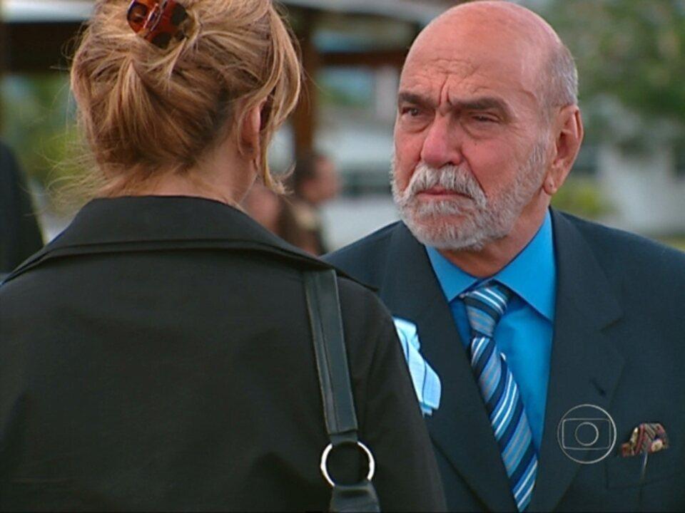 Da Cor do Pecado - capítulo de sexta-feira, dia 12/10/2012, na íntegra - Afonso acredita que Paco está morto. Bárbara comemora a sua gravidez. Preta sofre por achar que seu amor está morto