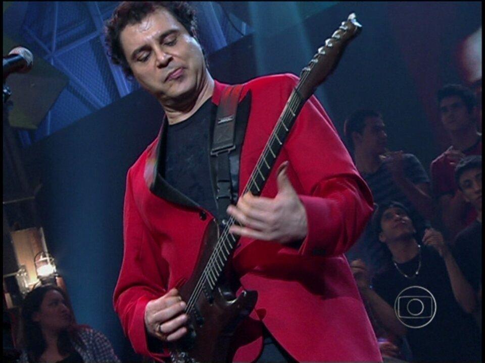 Barão Vermelho toca 'Bete Balanço' no Altas Horas