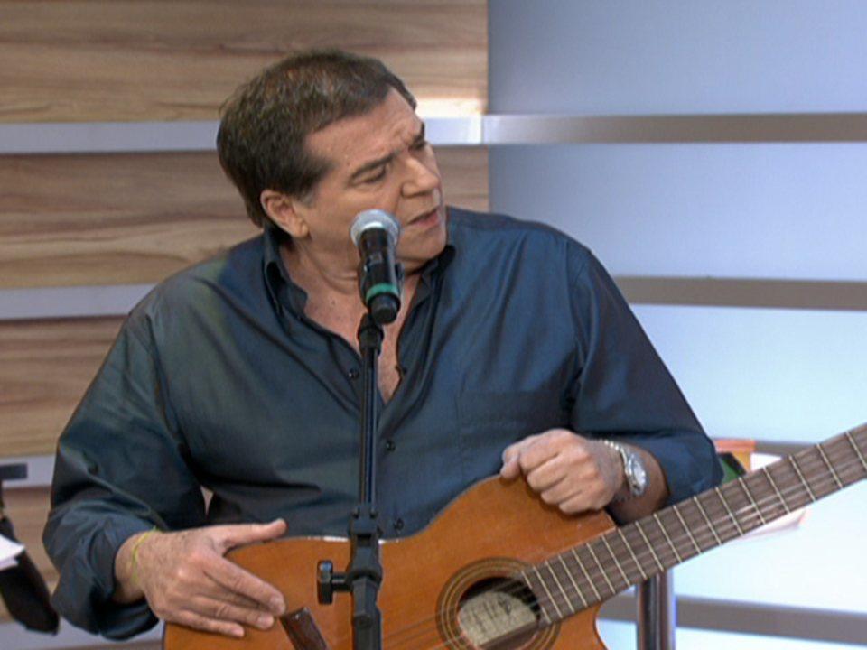 """Cantor Jerry Adriani lança novo CD """"Natal em Família"""""""