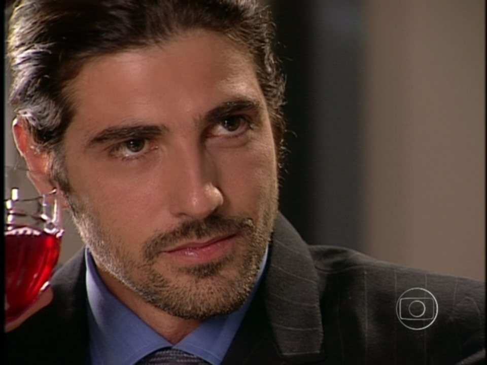 Da Cor do Pecado - Capítulo de Sexta-feira, dia 08/02/2013, na íntegra - Paco é libertado e vai embora com Bárbara