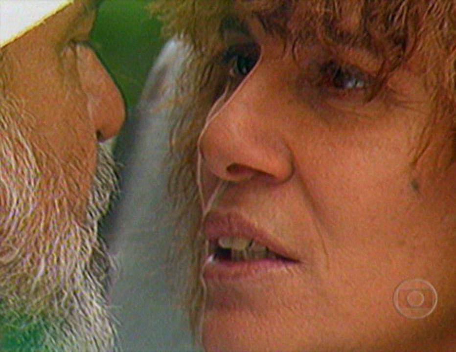 Pedra sobre Pedra: Pilar Batista e Murilo Pontes brigam. De fundo, a balada 'Entre a Serpente e a Estrela'