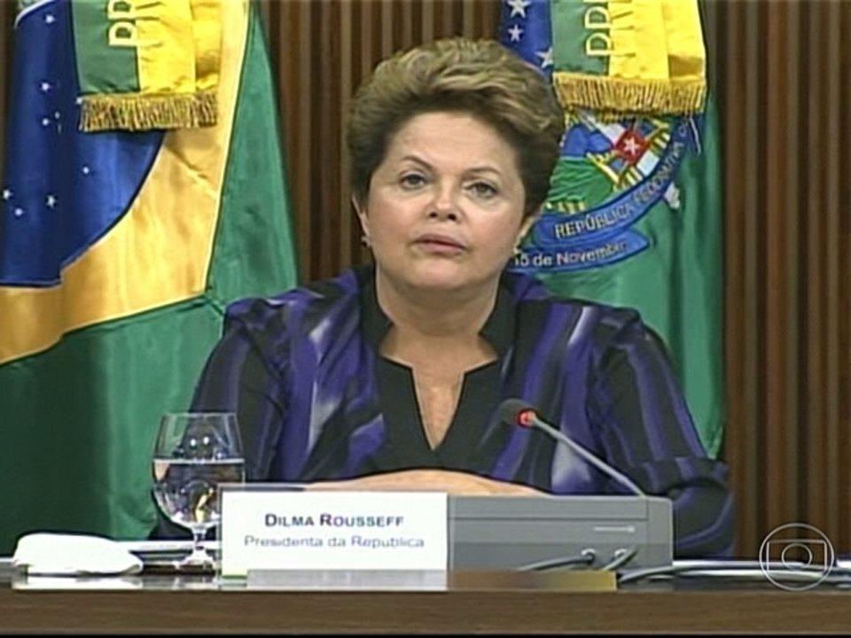 Dilma Rousseff propõe cinco pactos nacionais