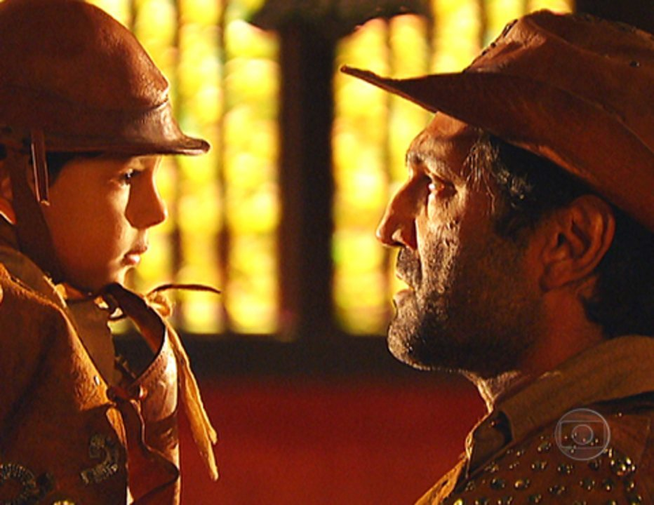 Cordel Encantado: Capitão Herculano entrega Jesuíno aos cuidados do coronel Januário