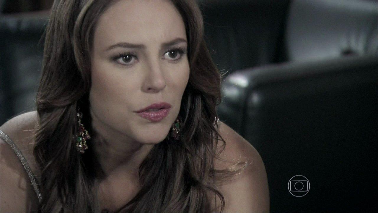 Amor à Vida - Capítulo de terça-feira, dia 31/12/2013, na íntegra - Paloma revela a César que Aline roubou seu dinheiro
