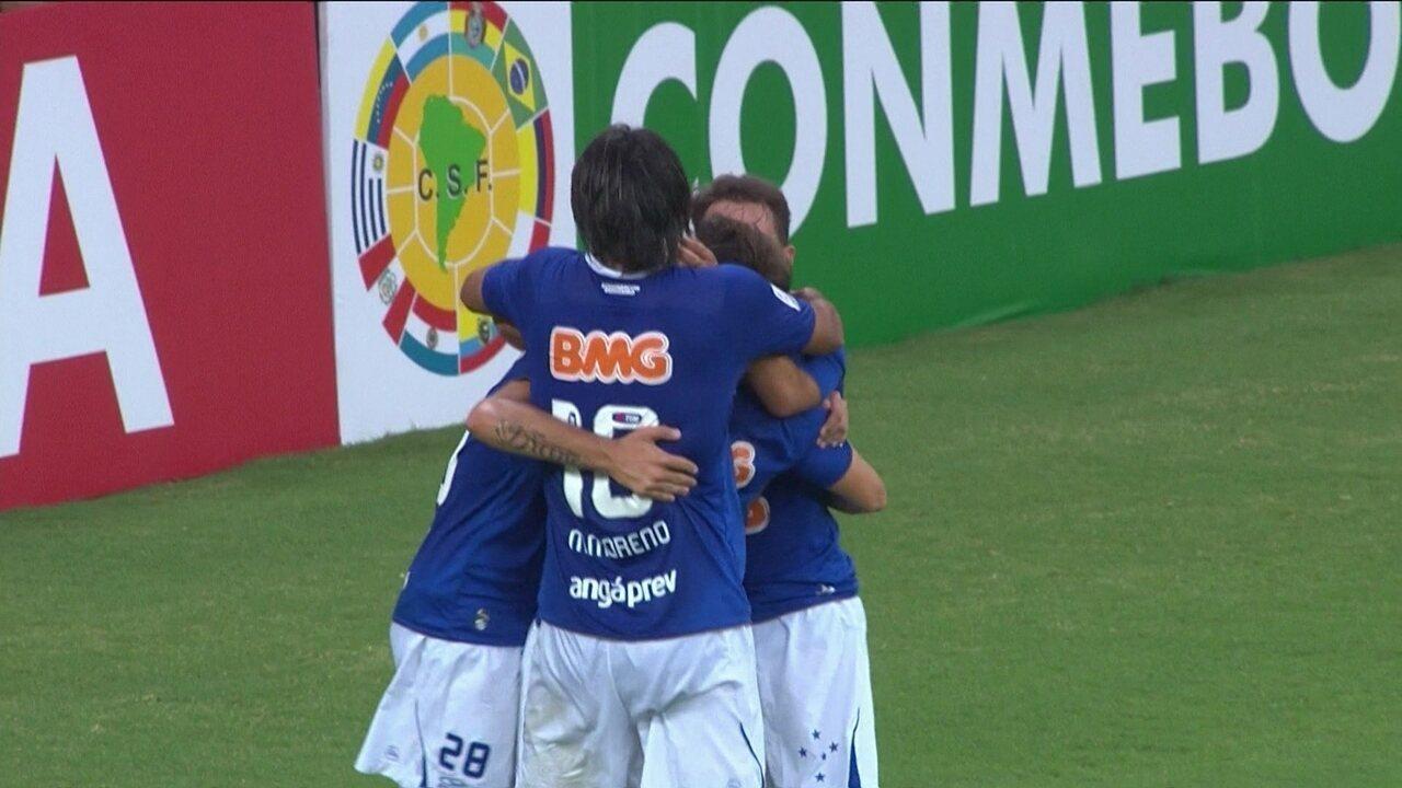 Cruzeiro volta a atuar no Mineirão pela Libertadores 2014 e goleia Universidad de Chile