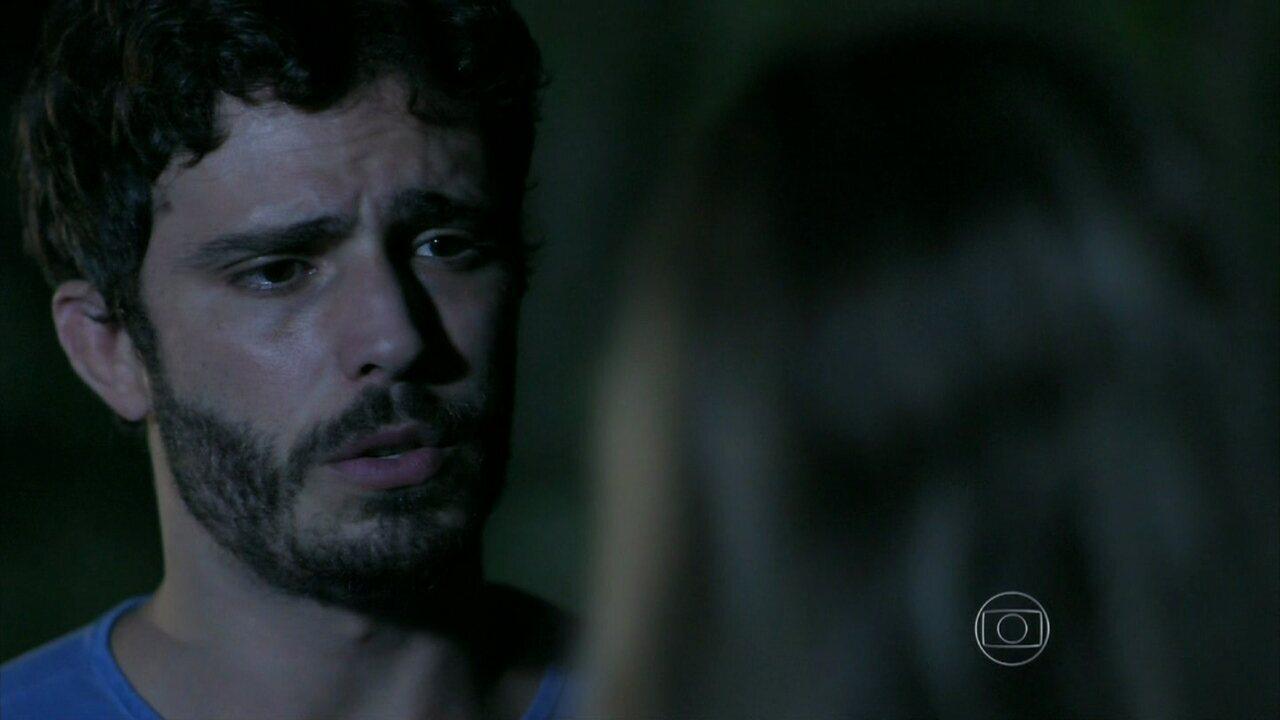 Além do Horizonte - capítulo de terça-feira, dia 11/03/2014, na íntegra - William diz a Lili que pedirá um tempo para Celina