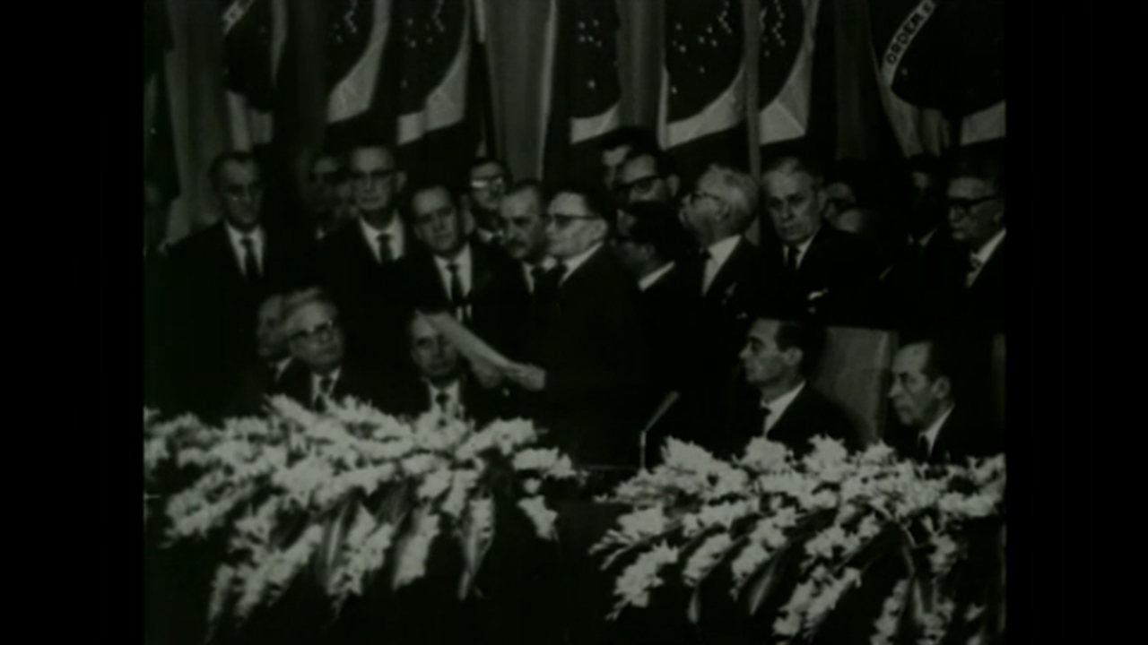 Castello Branco é nomeado presidente em Brasília