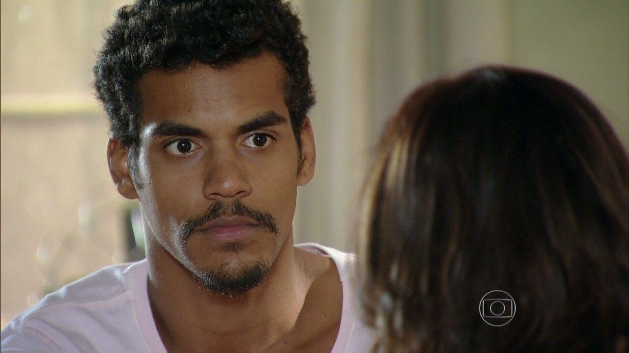 Em Família - Capítulo de segunda-feira, dia 31/03/2014, na íntegra - Juliana surpreende Jairo com sugestão de casamento