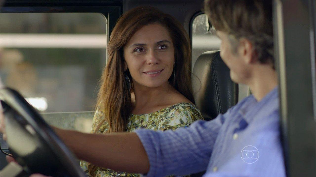 Em Família - Capítulo de quarta-feira, dia 02/07/2014, na íntegra - Clara pensa em adotar uma criança com Marina