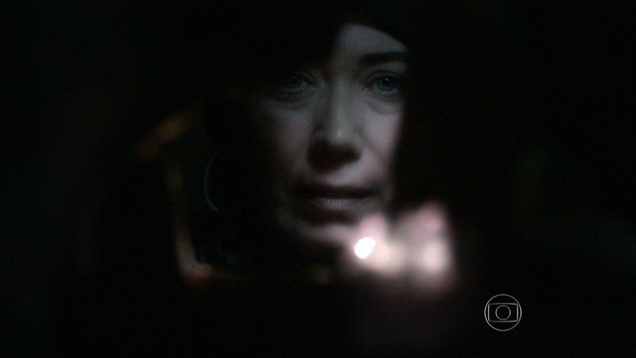 Império - Capítulo de terça-feira, dia 23/09/2014, na íntegra - Maria Marta encontra o diamante cor-de-rosa