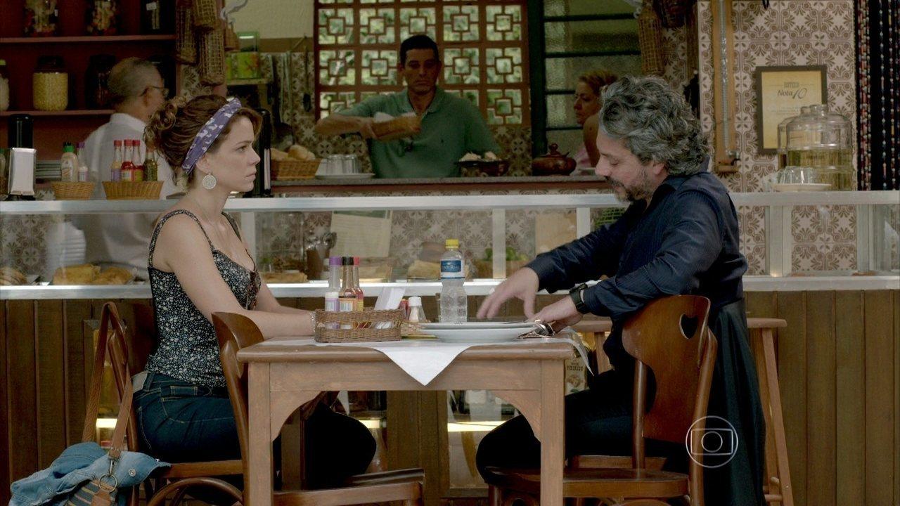 Império - Capítulo de quinta-feira, dia 09/10/2014, na íntegra - Cristina e José Alfredo constatam que Cora falsificou o exame de DNA
