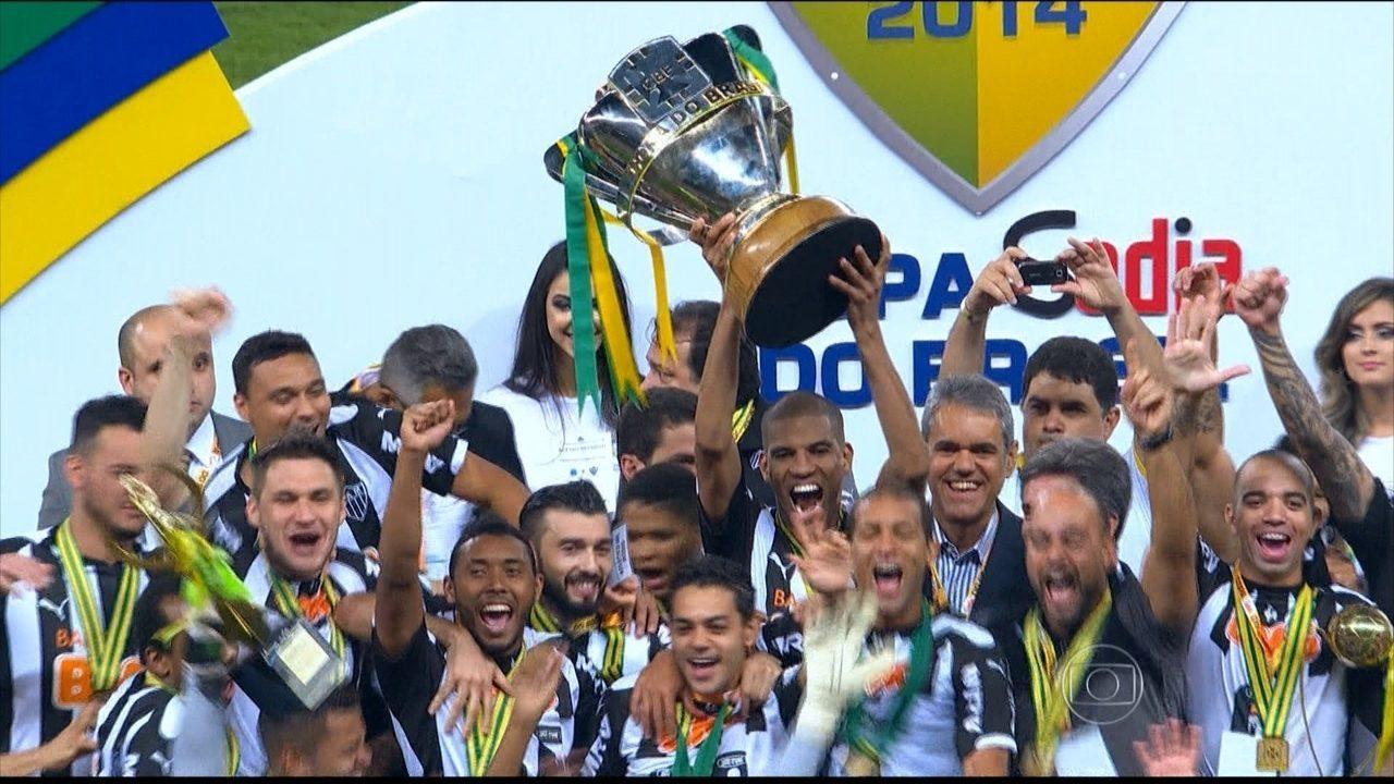 Atlético-MG vence clássico contra o Cruzeiro e é campeão da Copa do Brasil em 2014