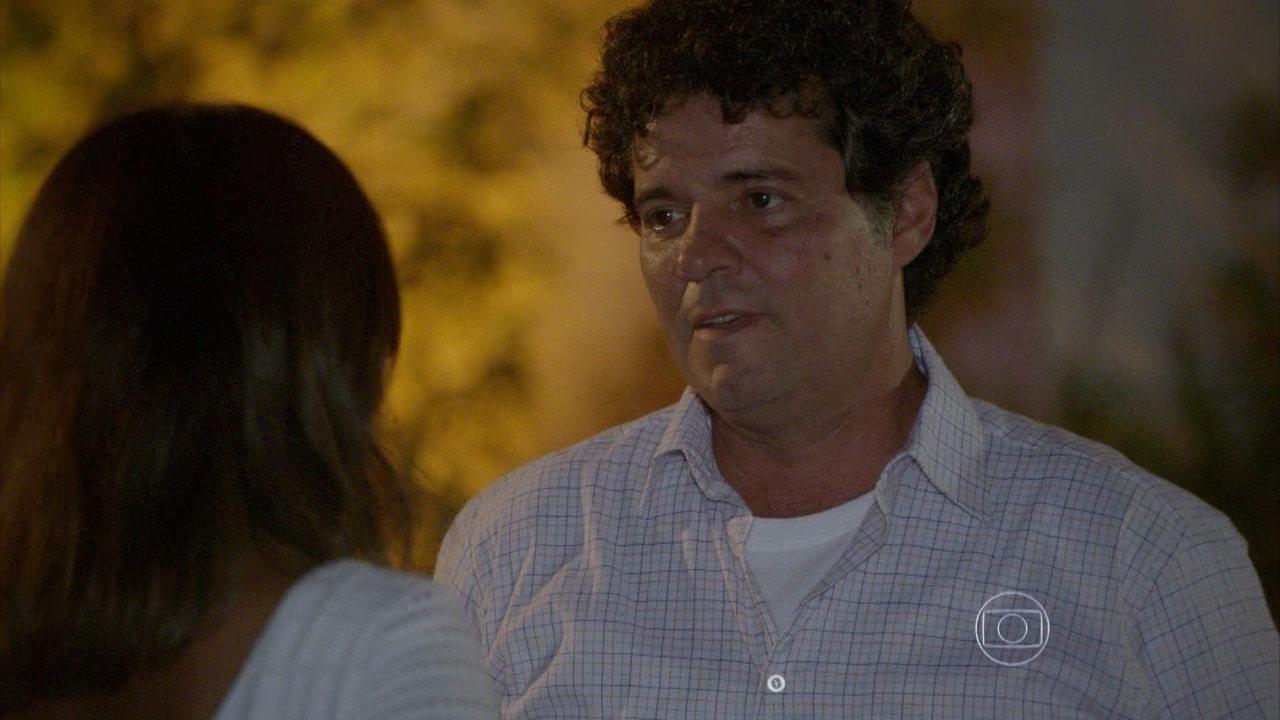 Malhação - capítulo de sexta-feira, dia 12/12/2014, na íntegra - Marcelo termina romance com Roberta