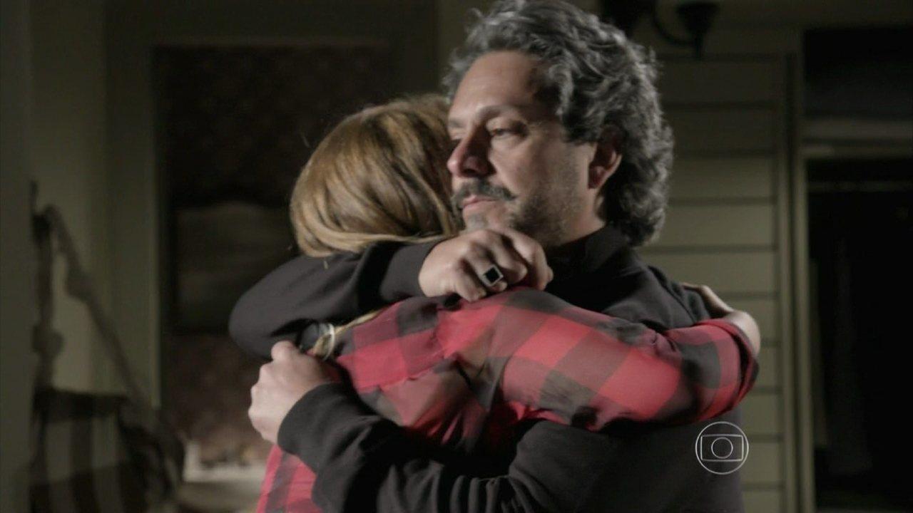 Império - Capítulo de terça-feira, dia 13/01/2015, na íntegra - Cristina irá para a Suíça a pedido de Zé Alfredo