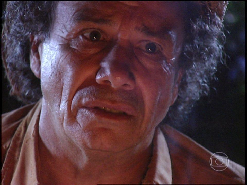 O Rei do Gado - capítulo de sexta-feira, dia 06/03/15, na íntegra - Zé do Araguaia tenta convencer Luana a voltar para a fazenda