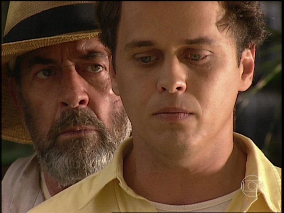 O Rei do Gado - capítulo de quarta-feira, dia 03/06/15, na íntegra - Geremias conta para Tavinho que Rafaela está grávida de Marcos