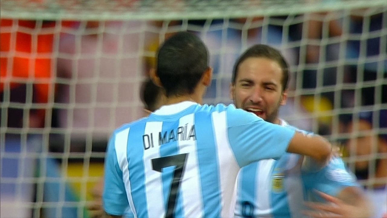 O gol de Argentina 1 x 0 Jamaica pela 3ª rodada do Grupo B da Copa América 2015