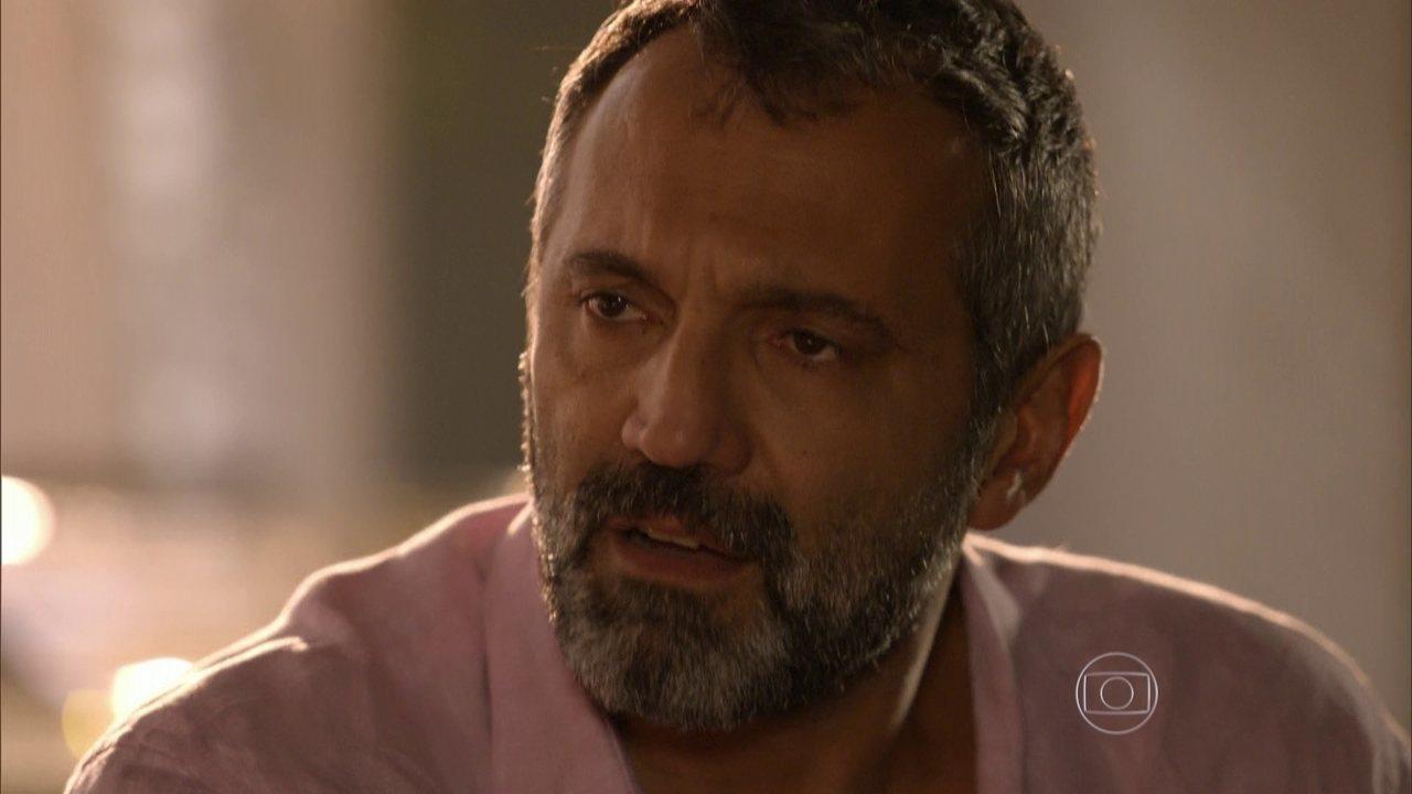 Sete Vidas - Capítulo de terça-feira, dia 30/06/2015, na íntegra - Miguel decide ficar de vez no Rio de Janeiro