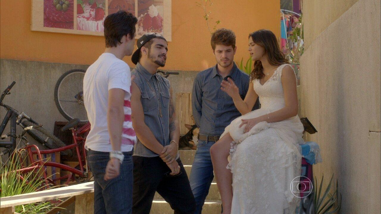 I Love Paraisópolis - capítulo de sexta-feira, dia 24/07/15, na íntegra - Benjamin e Grego brigam por causa de Mari