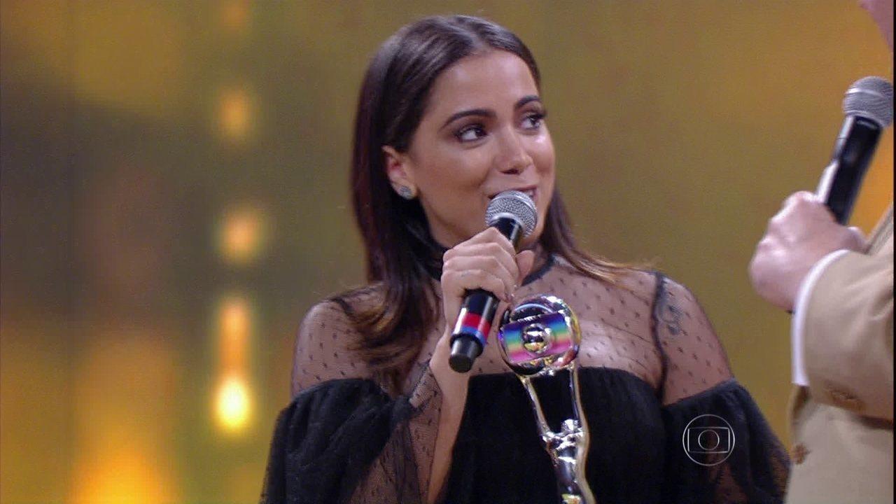 Anitta é a melhor Cantora de 2015 e diz: 'Nunca imaginei'