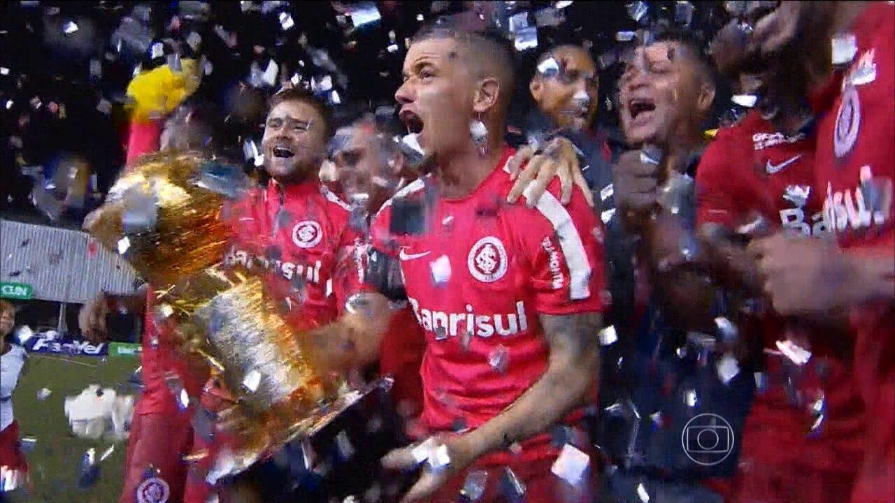 D'Alessandro se despede do Inter com a conquista da Recopa Gaúcha
